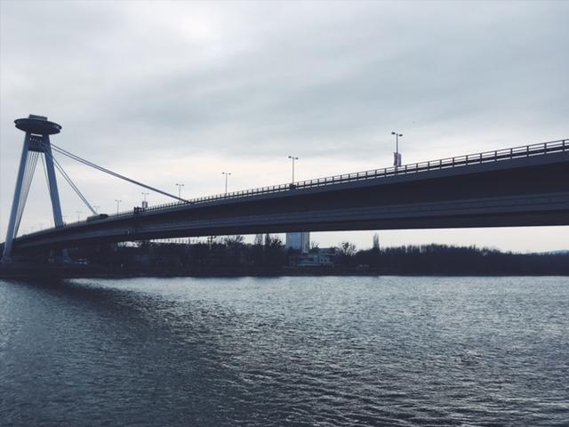 Porovnávačka hlavných miest - Most SNP