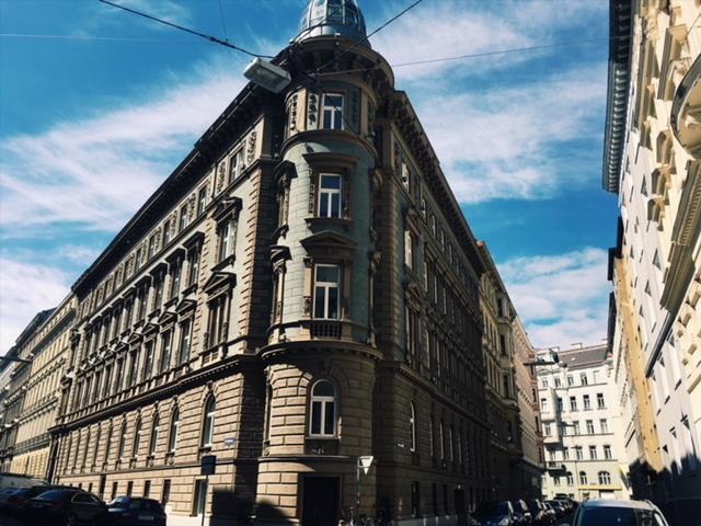 Porovnávačka hlavných miest - Dom vo Viedni