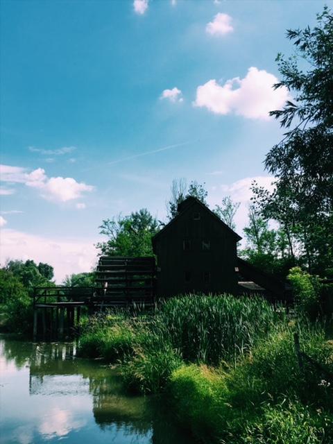 Vodný kolový mlyn v Jelke